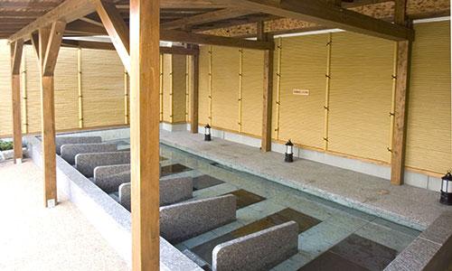 天然温泉 港北の湯 「岩盤寝ころび湯」